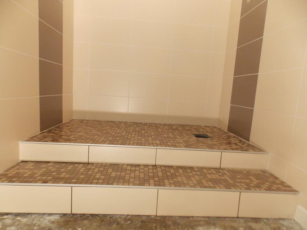 douche litalienne avec marche douche l italienne sans receveur avec comment faire une douche. Black Bedroom Furniture Sets. Home Design Ideas